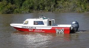 Med tanke på hur det ser ut på vattenvägarna i Tigre är det inte konstigt att det finns en ambulansbåt.