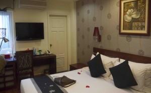 Mysigt hotellrum i Hanoi för 50 USD natten.