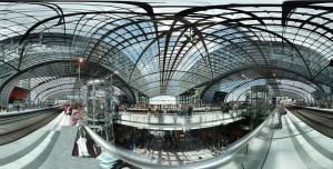 Berlin Hauptbahnhof är en läcker byggnad.