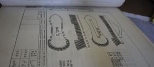 Ritning som visar exakt hur sopborsten ska vara konstruerad.