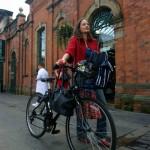 Det är smidigt att cykla i Belfast eftersom det är rätt platt i stan.