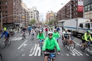 Loppet är en chans att cykla på bilfria gator i New York.  Foto: Katie Friedman