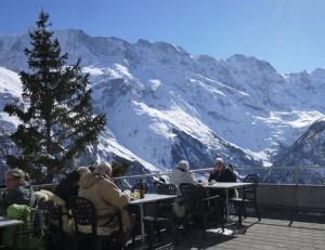 Utsikten från Edelweiss stora terrass är fantastisk.
