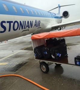 Här är det trångt om saligheten och handbagaget får åka i bagageutrymmet.