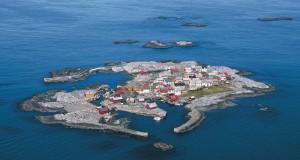 Ön Grip som numera bara är bebodd på sommaren.