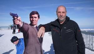 Jag och min polare  James Bond. Bond till vänster.