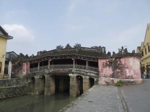 En typisk stadsbild från den vackra lilla staden Hoi An.