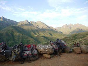 Trots att det inte regnat ordentligt i Lesotho sedan 2012 finns det delar av landet som är väldigt gröna.