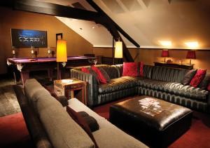 Slår du på stort och tar en svit på Malmaison Hotel kan du få biljardbord på rummet!