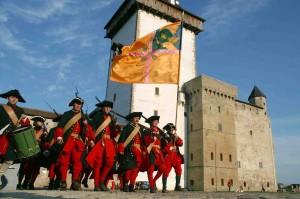 Borgen i Narva skadades svårt under andra världskriget.