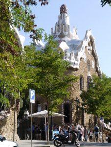 Gaudi har gått loss i Parc Güell.