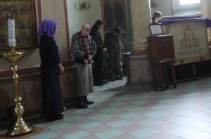Alla samsas vid bönen.