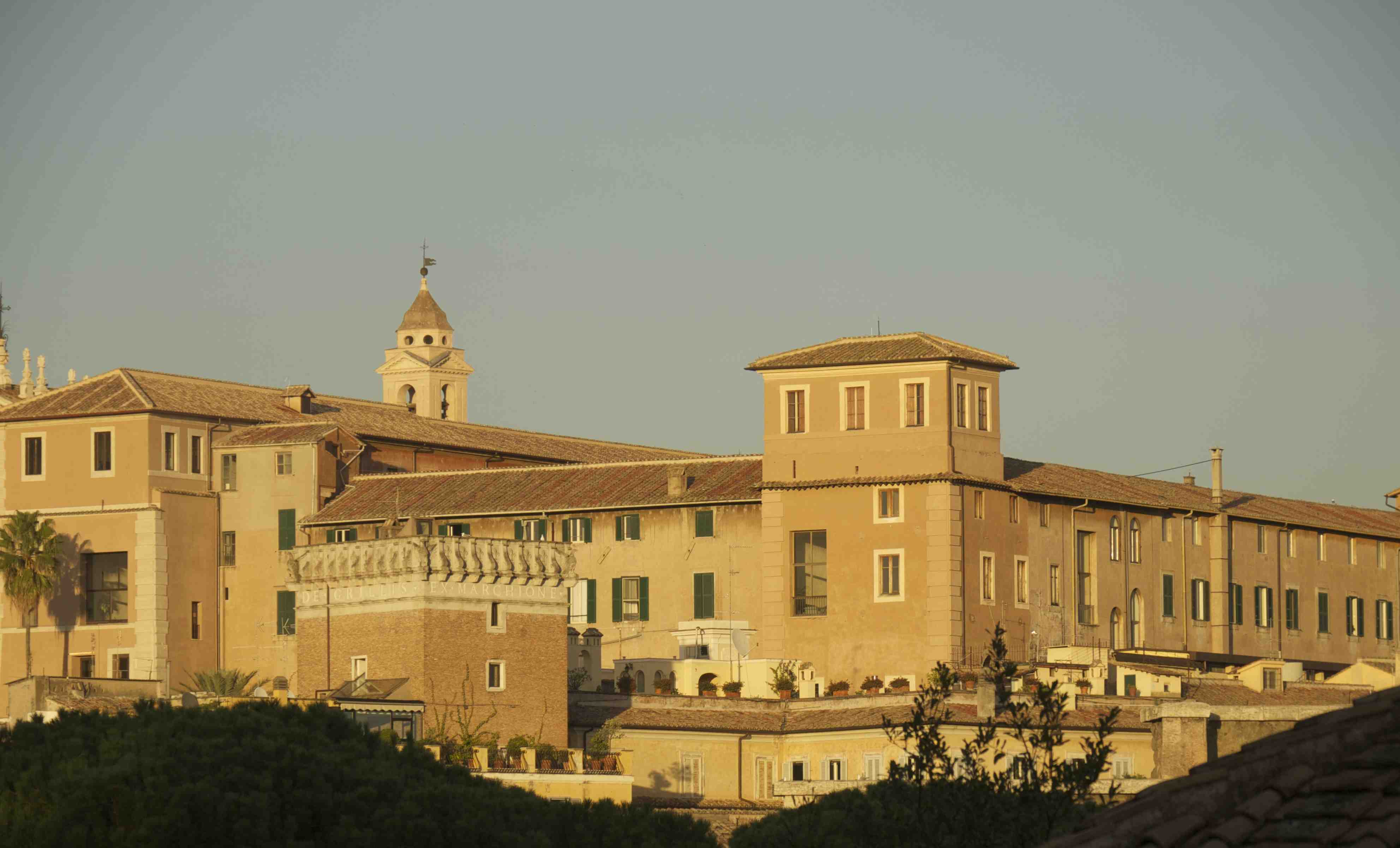 Den historiska delan av Rom i kvällsljus.