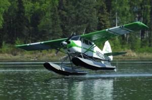 Alaska är inget dumt ställe om du vill lära dig flyga sjöflygplan.