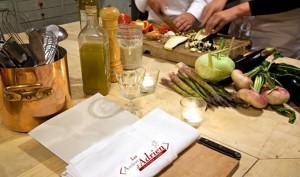 La Table d'Adrien erbjuder även matlagningskurser.