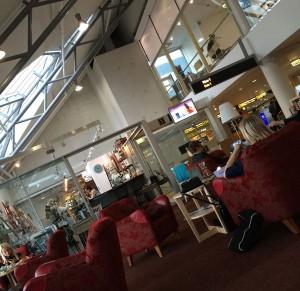 Mysig vänthörna på Tallinns flygplats.