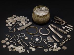 Den här stora vikingaskatten hittades för några år sedan och visas nu på British Museum.