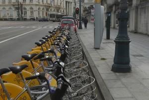 Cykel att hyra i Bryssel.