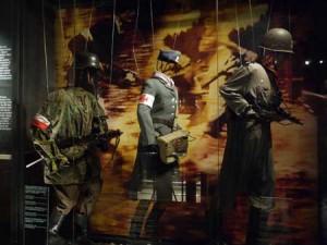 Uniformerna under upproret var minst sagt varierade, men alla hade av armbindel med de polska färgerna.