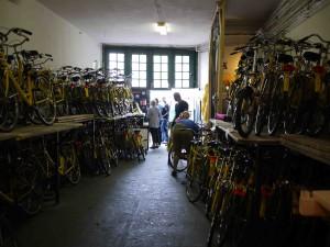 Gula cyklar på Yellow Bike.