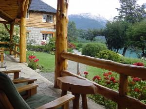 Utsikten från verandan på Hotel Tronador.