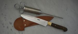 Kniven ska jag använda på resa och saltsprutan i den...